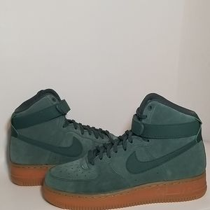 Wmns Air Force 1 High SE Vintage Green New
